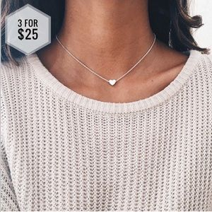 Jewelry - 🌼3 for $25🌼 Silver Heart necklace